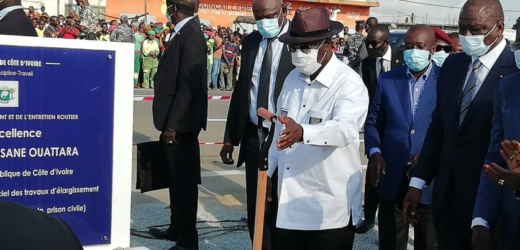 C.I./ AUTOROUTE DE LA SORTIE EST D'ABIDJAN : Alassane Ouattara lance les travaux d'élargissement